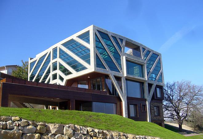 """Къщата Дърво в """"1000 х European Architecture"""""""