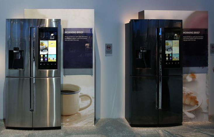 Новият хладилник Family Hub на Samsung с амбиция за контролен център в дома [1/1]