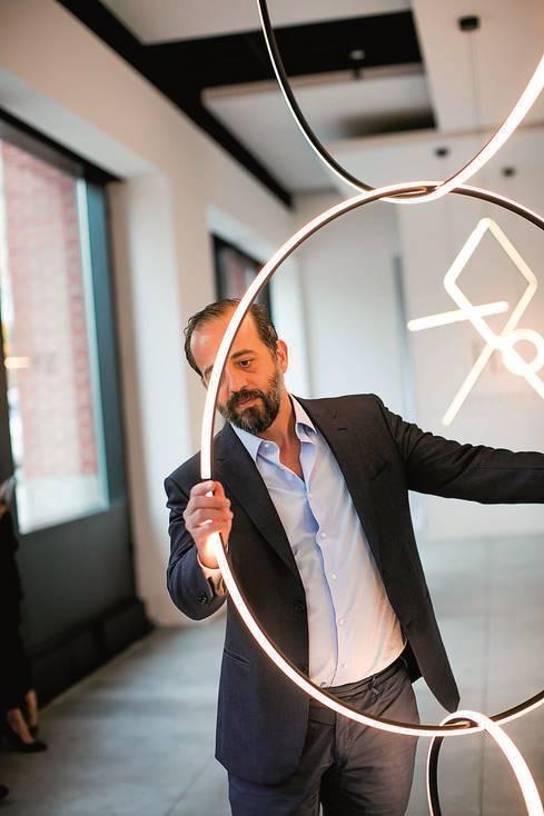 Майкъл Анастасиадис - дизайнер на светлината