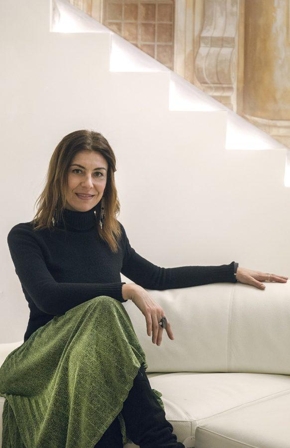 Карола Ванини-минало и настояще в перфектен баланс