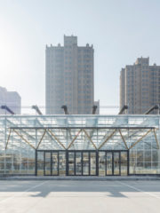 Temporary Site of Shengli Market, LUO studio. Снимка Jin Weiqi