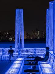 Декорът на бар NYX на Алберто Кайола